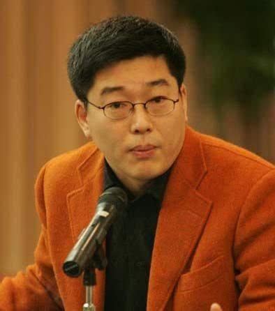 刘建宏、张斌、黄健翔,谁的解说水准更高?(黄健翔还解说足球吗)