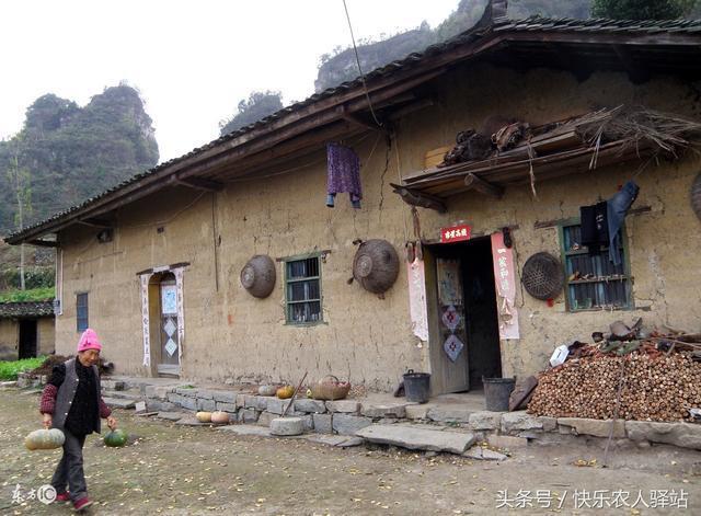 农村新农村建设,几万人搬到镇上住一个大社区,你愿意吗?