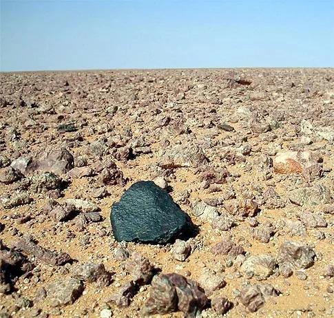 陨石图片,真正的陨石都长什么样子呢?
