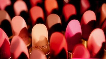 什么口红最贵 口红的性价比 同等价钱的口红和包包你会选哪一个,为什么?