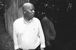 (散文写的好的中国作家 中国当代名家散文集萃在线阅读)中国当代哪些人散文写得好?
