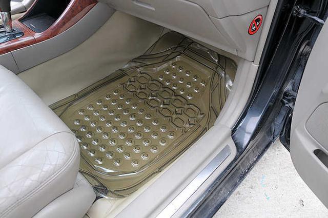 汽车脚垫什么材质的最好?