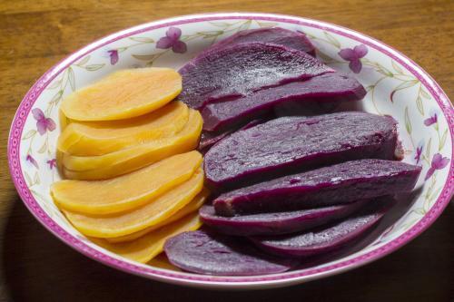 承包土地种红薯赚钱吗 紫薯的种植方法及产量 为什么农村种紫薯的没有种地瓜的人多,是因为紫薯不好吃吗?