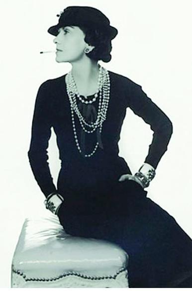 为什么很多奢侈品牌的珍珠饰品都使用假珍珠?插图3
