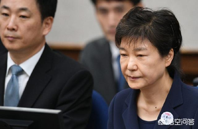 韩国首尔市长朴元淳自杀,原因是被起诉性骚扰