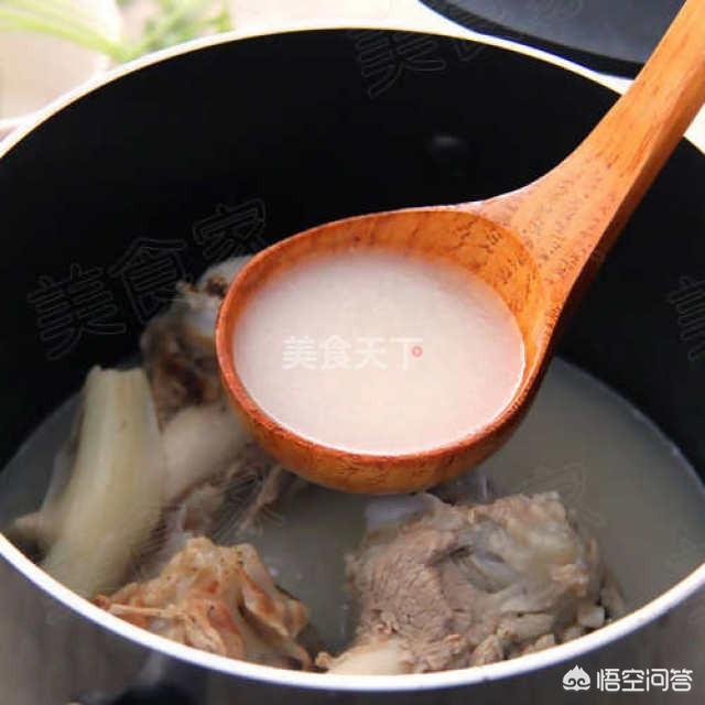 我想做大骨头汤里面放枸杞能不能行呀?