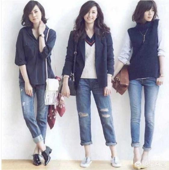 牛仔裤搭配什么衣服更时尚?