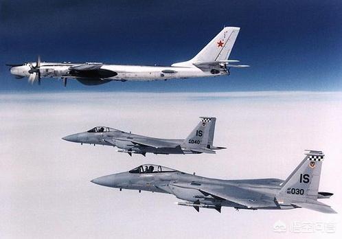 俄罗斯轰炸机为什么要绕飞日本?