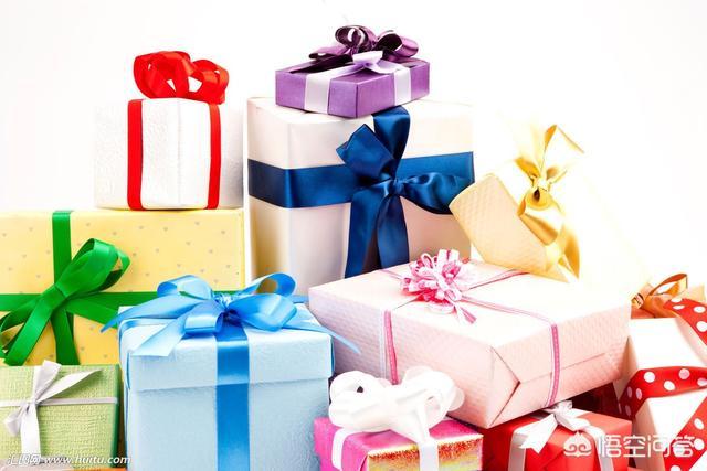 儿童节礼物送书的含义说说,春节了,是该给孩子压岁钱还是送书?