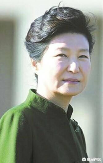 朴槿惠阅兵出丑:用事实证明一下朴槿惠是个善良之人?