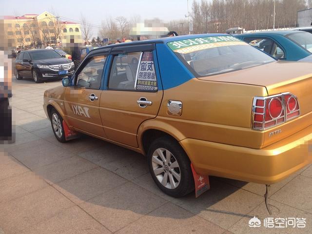 近期哈尔滨被爆出租车强制拉客宰客事件,你还