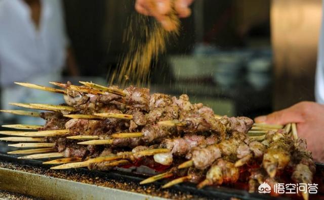 烤羊肉串教程,羊肉串如何烤才会更好吃?