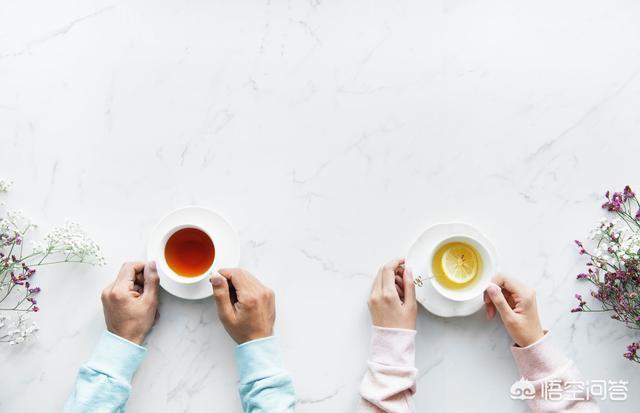 蜂蜜水什么时候喝最好(蜂蜜水什么时候喝最好?有什么功效)