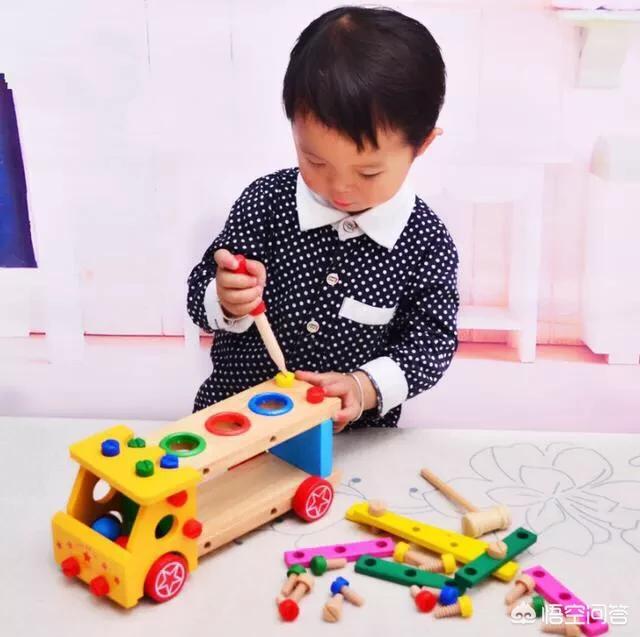 2岁男宝宝发型图片大全,什么玩具适合两岁半的男宝宝?