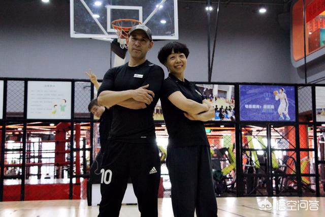 健身教练49话以晨参加:健身教练资格证怎么考?健身教练一个月收入多少?
