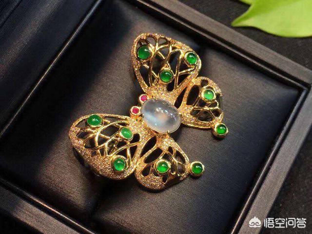 戒指戴法有哪些讲究?不同年龄、场合佩戴的钻戒有哪些不同?