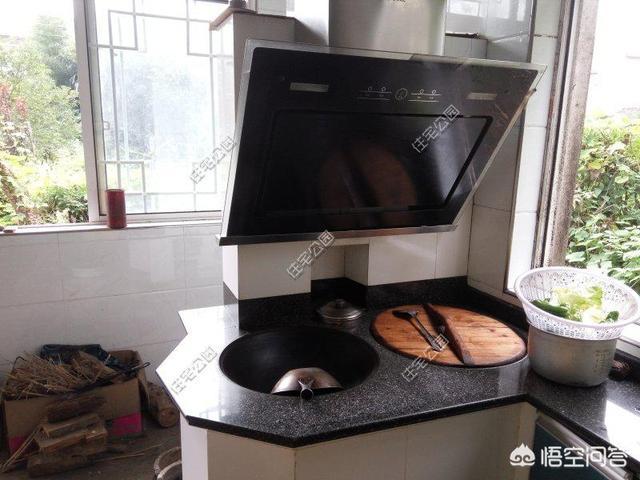 厨房瓷砖上的污渍,你们有什么方法除掉,土方法也可以?