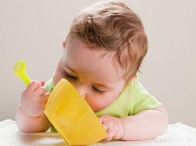 宝宝鸡蛋过敏症状图片,六个月的宝宝吃蛋黄过敏怎么办?