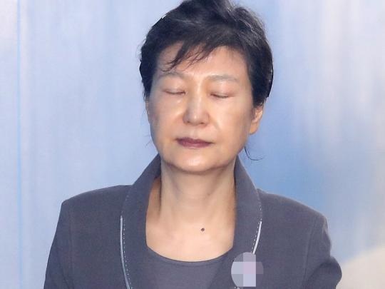 """朴槿惠受审198天""""首开金口"""",政治报复还是"""""""