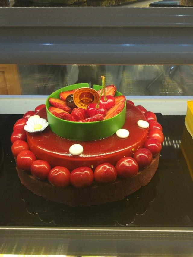 新款老人祝寿蛋糕图片,现在什么蛋糕比较受欢迎?