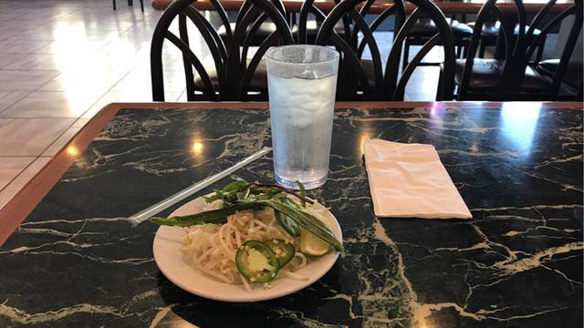 越南米粉的汤底具体怎么做?