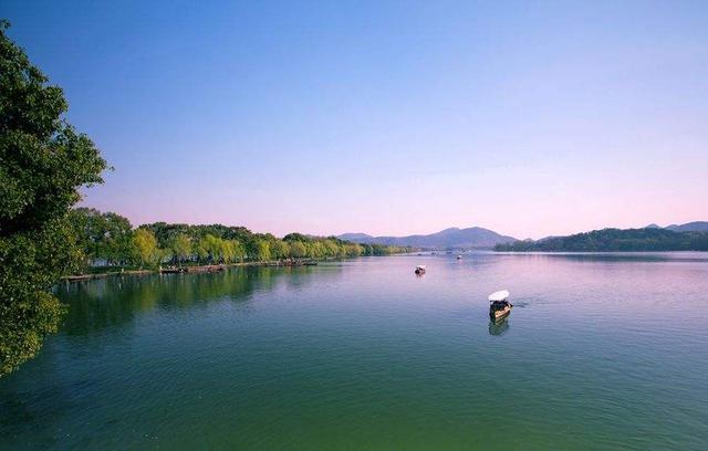 广东桑拿 :上海和杭州两个城市有什么区别?