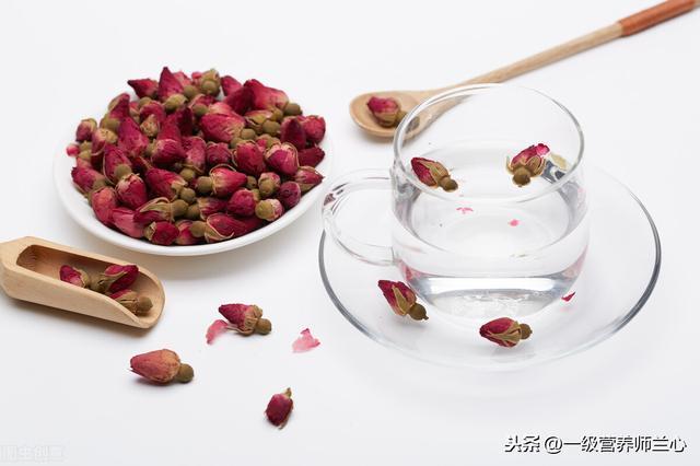 山楂片和玫瑰花茶一起泡茶喝有什么好处呢?插图4