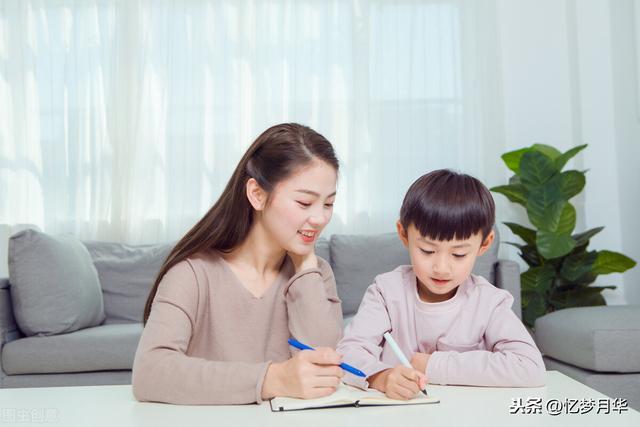 (一年级看图写话怎么教 小学一年级看图写作怎么写)一年级的学生怎么才能提高自己看图写作?