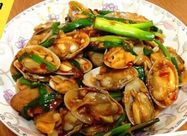 家里来客人了,在家能做哪些美味又漂亮的菜来招待呢?