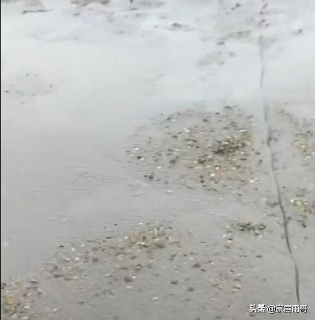 水泥地面起沙可以做水磨石吗?