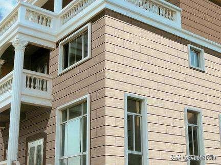 装修房子刷涂料好还是贴瓷砖好?