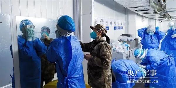 美国最新疫情400例 美国疫情今天新增超过20000例