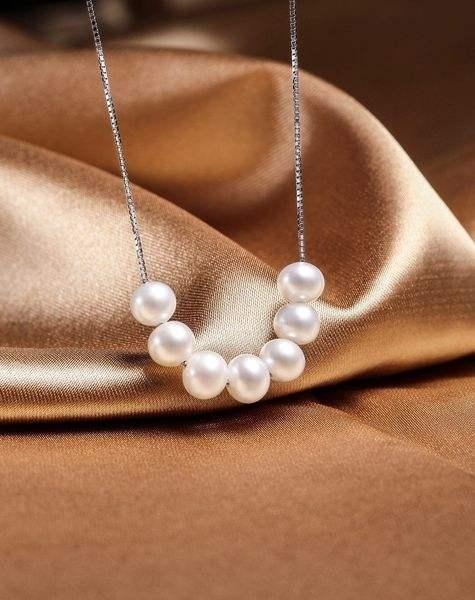 哪些款式的珍珠项链适合20岁左右的女孩子佩戴?插图9