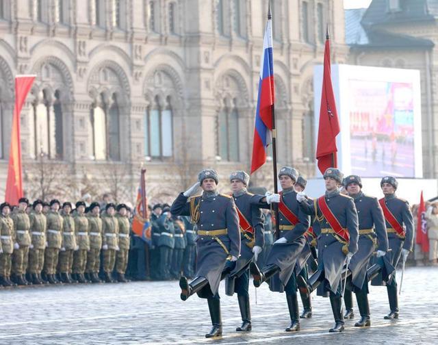 卫国战争胜利75周年俄罗斯大阅兵 俄纪念卫国战