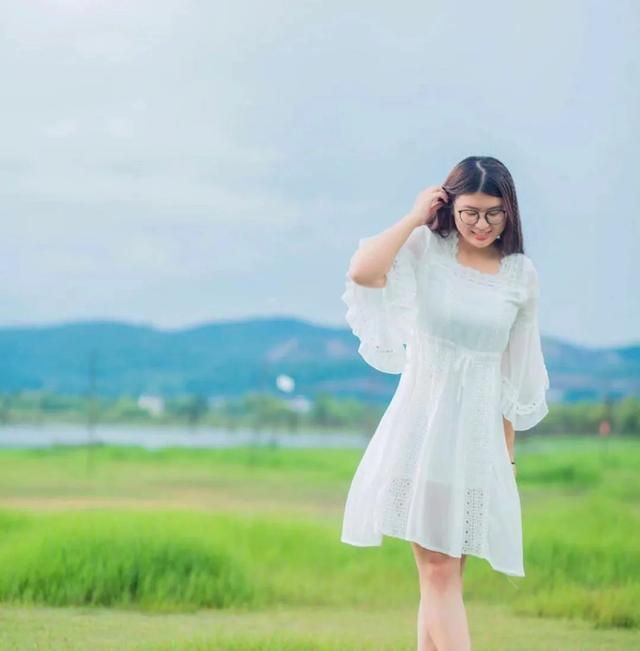 胖女孩图片可爱,有适合胖女孩的仙女裙推荐吗?