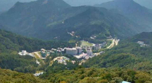 襄阳周边300km有山有水风景好避暑有什么好地方推荐?
