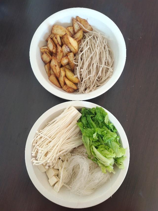 土豆和什么一起做最好吃?(土豆和什么搭配最好)