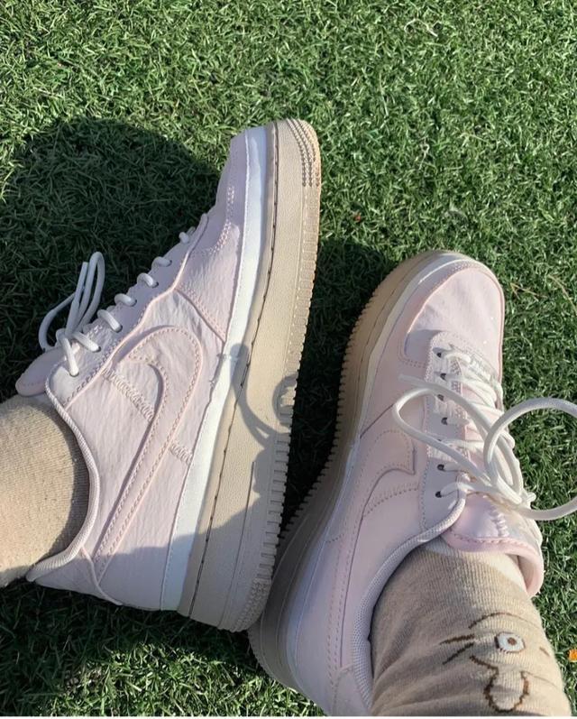 适合女生穿的鞋子品牌 适合20多岁的女鞋品牌 女孩子买什么牌子的鞋子合适?年轻的女孩子穿的?