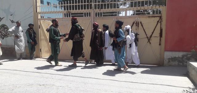 塔利班为什么要成立阿富汗伊斯兰酋长国?