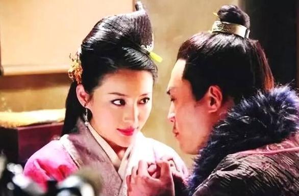 原来是西门大嫂收到圣诞节礼物,潘金莲真的爱上了武松吗?(武松喜欢武金定吗)
