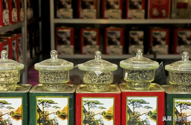 为什么街边的茶叶店几乎没什么生意,却不会倒闭?