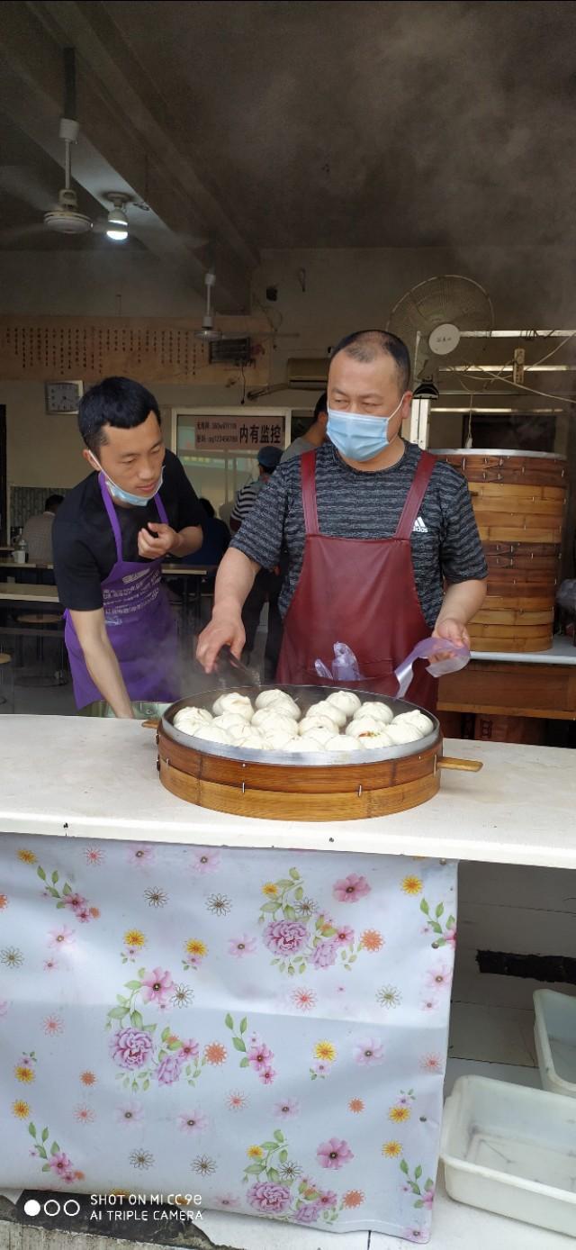 北京全聚德的烤鸭有什么特点?
