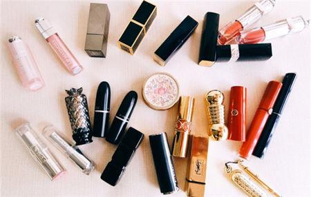 护肤小样和正品一样吗 开样化妆品和正品一样吗 大牌正品和小样有差别吗?