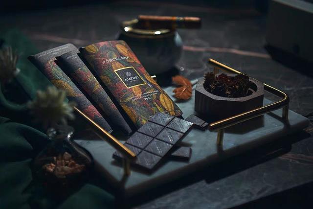 情人节礼物套盒巧克力,有哪些好吃又适合情人节送礼的巧克力礼盒?(日本情人节巧克力意义)