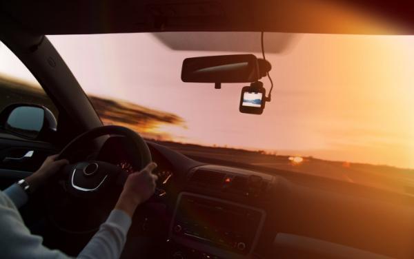 私家车赚钱最新方法(小轿车跑腿送货的软件)