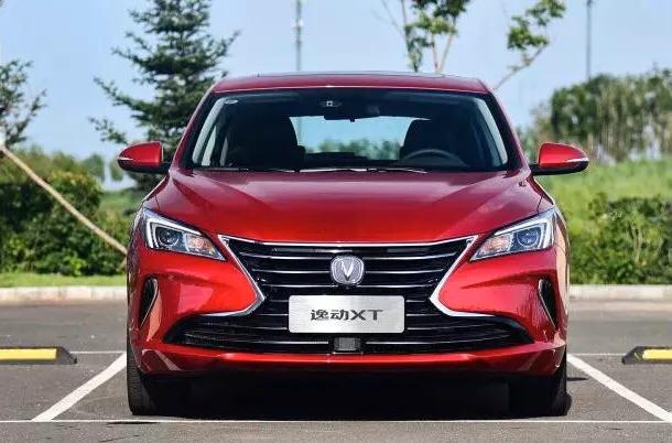 女司机要买车,10万左右国产轿车,油耗低科技感足,有哪些推荐?