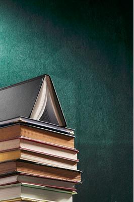 请问初中有什么好的语文辅材或书籍?