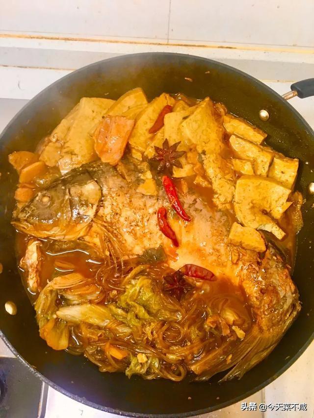 小白菜裙带鱼丸汤的做法?(鱼丸小白菜汤的做法)