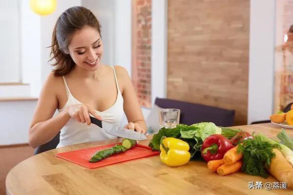 (保持低体脂率需要怎么做 体脂高怎么减脂最快)怎么保持体脂较低的状态?怎么减脂比较快?