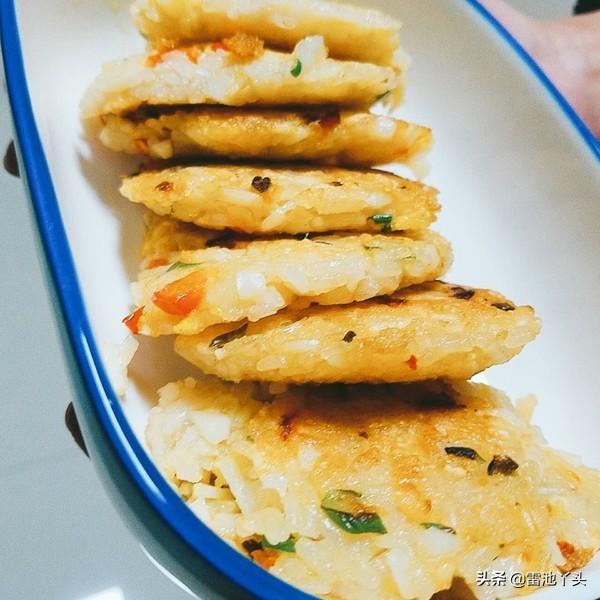 粉丝韭菜煎饼怎么做,糯米饭可以做吗?